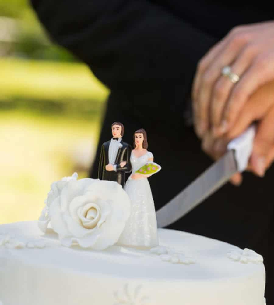 10 wedding traditions cant live without