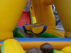 bouncy castle 442864 960 720